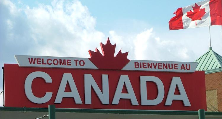 الطريق إلى كندا